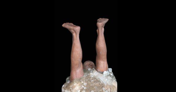 Alabastro y Gres Tamaño 35 x 23 x 36cm. Año 2013