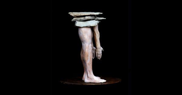 Gres y piedra. Tamaño 23 x 36 x 38cm. Año 2013